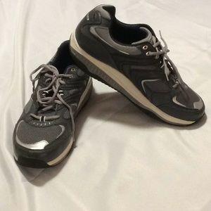 Skechers Shape-ups, men's shoes, size 13, EUC
